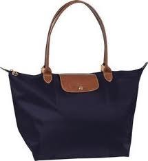 mon sac eastpak noir juste une petite question le sac longchamp taille ...